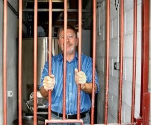 Bob Behind bars